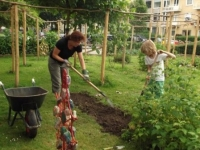 tuinieren in permacultuur-leertuin
